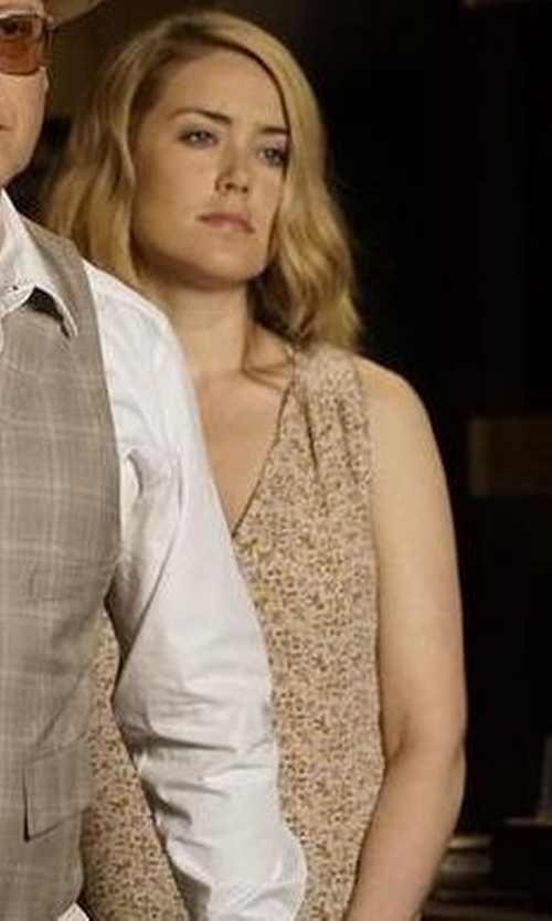Megan Boone with Joie 'Anselm' Print Silk Tank Top in The Blacklist