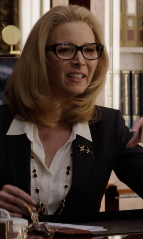 Lisa Kudrow with Bop Basics The Fiance Blazer in Neighbors