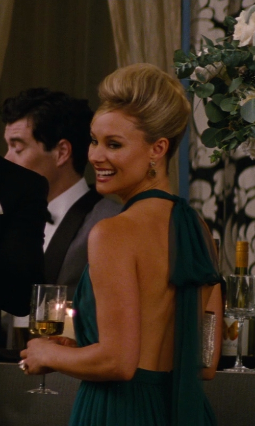 Alyshia Ochse with Stephanie Platinum Crystal Wine Glasses in The Other Woman