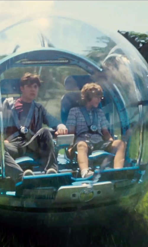 Ty Simpkins with Seth Engstrom & Dean Sherriff (Concept Artist) Gyrosphere in Jurassic World