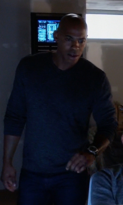 Mehcad Brooks with Derek Rose Long Sleeve Crew Neck Top in Supergirl
