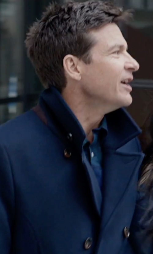 Jason Bateman with Burberry London Double-Breasted Trench Coat in Office Christmas Party