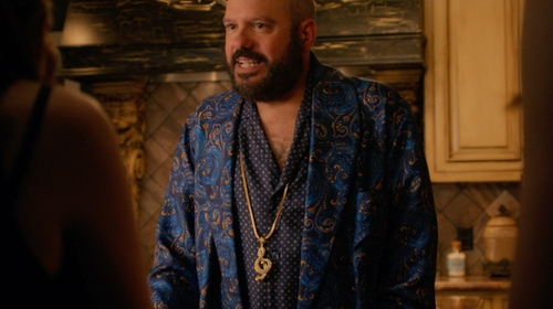 David Cross with From War to Peace Treble Clef Gold-dipped Pendant Necklace in Pitch Perfect 2