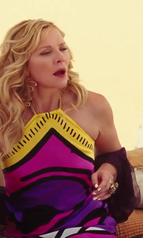 Kim Cattrall with Fossil Pendent Ring in Sex and the City 2