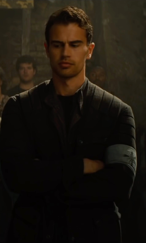 Theo James with Carlo Poggioli (Costume Designer) Custom Made 'Dauntless' Battle Uniform Jacket  (Four) in The Divergent Series: Allegiant