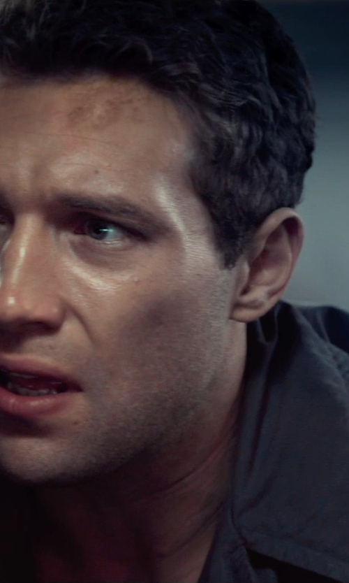 Jai Courtney with Yoon Full-Length Jacket Coat in Terminator: Genisys
