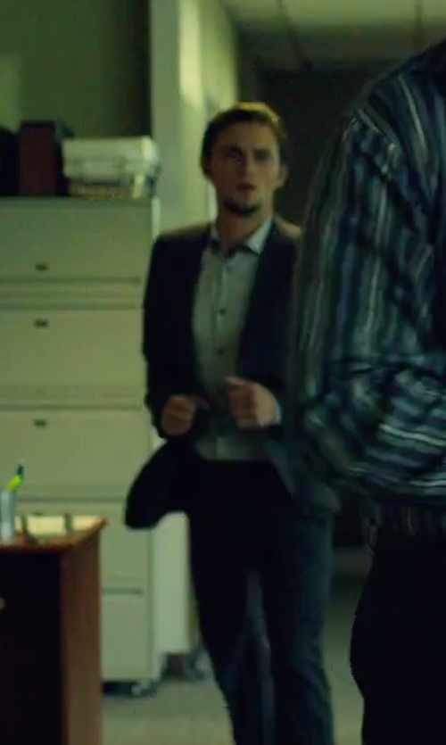 Shiloh Fernandez with Hugo Boss Navy Wool Two Button Suits in We Are Your Friends