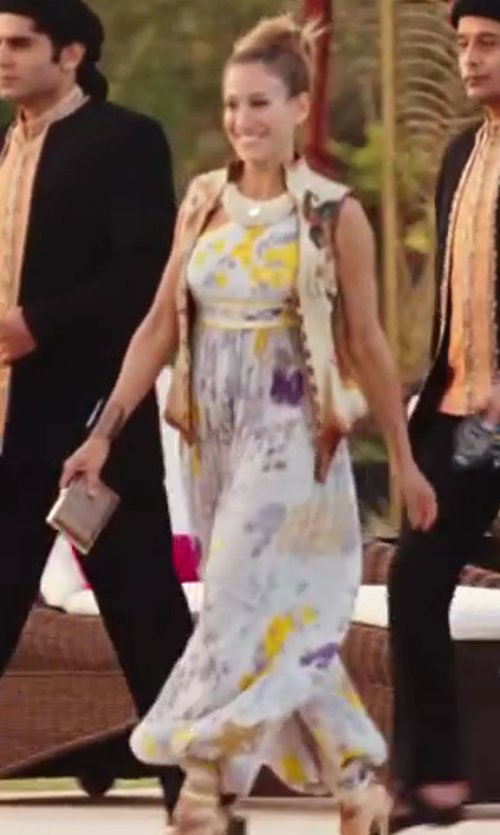 Sarah Jessica Parker with Leonardo Floral Jumpsuit in Sex and the City 2