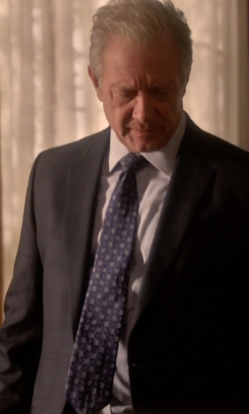 Jeff Perry with Black Brown 1826  Squared Silk Tie in Scandal