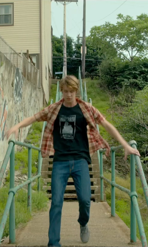 Thomas Mann with Bikkembergs Low-Top Sneakers in Me and Earl and the Dying Girl