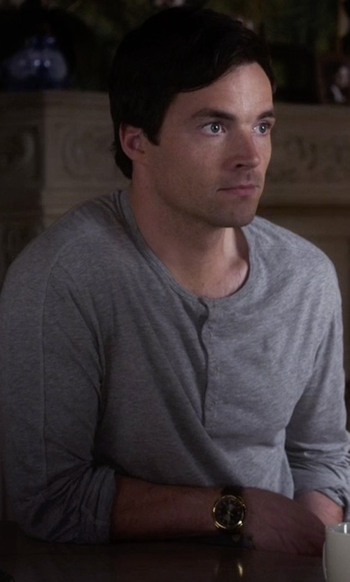 Ian Harding with Vince  Long-Sleeve Jersey Henley Shirt in Pretty Little Liars