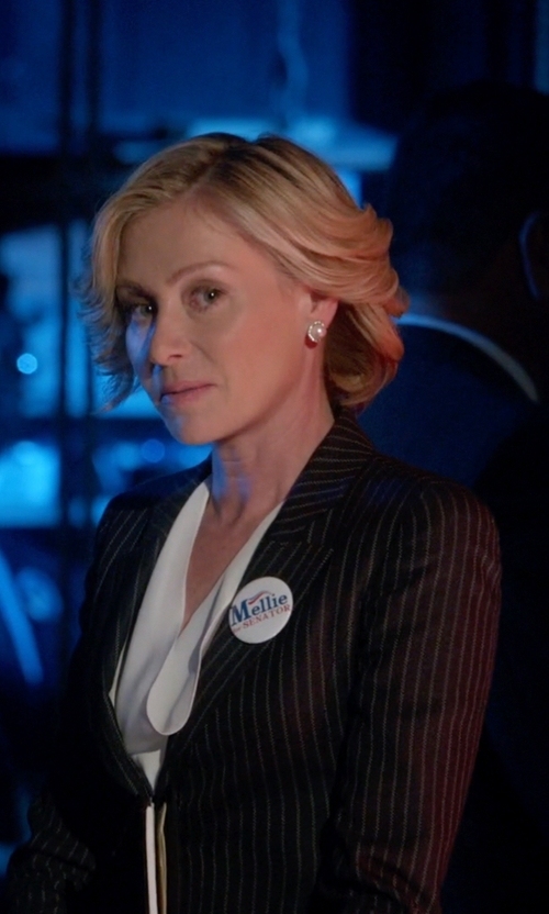 Portia de Rossi with Armani Pinstripe Blazer Lapel Collar Single Breasted in Scandal