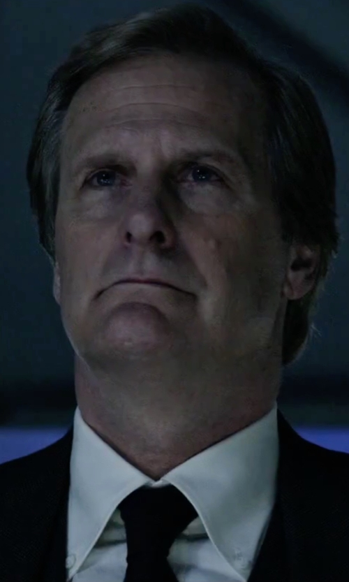 Jeff Daniels with John Varvatos U.S.A Solid Wool-Silk Tie in The Martian