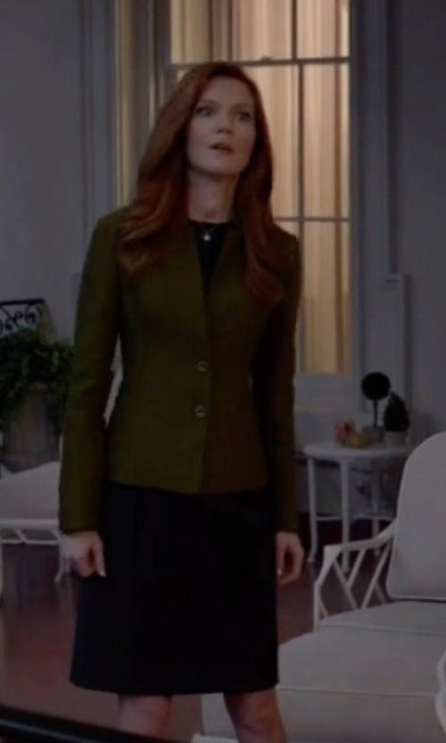 Darby Stanchfield with Tahari Sleeveless Crepe Dress in Scandal