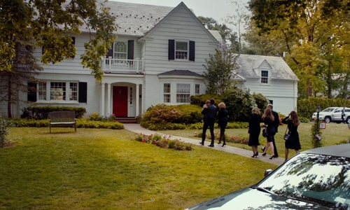 Jason Bateman with 9 Burnham Place (depicted as Altman Residence) Manhasset, New York in This Is Where I Leave You