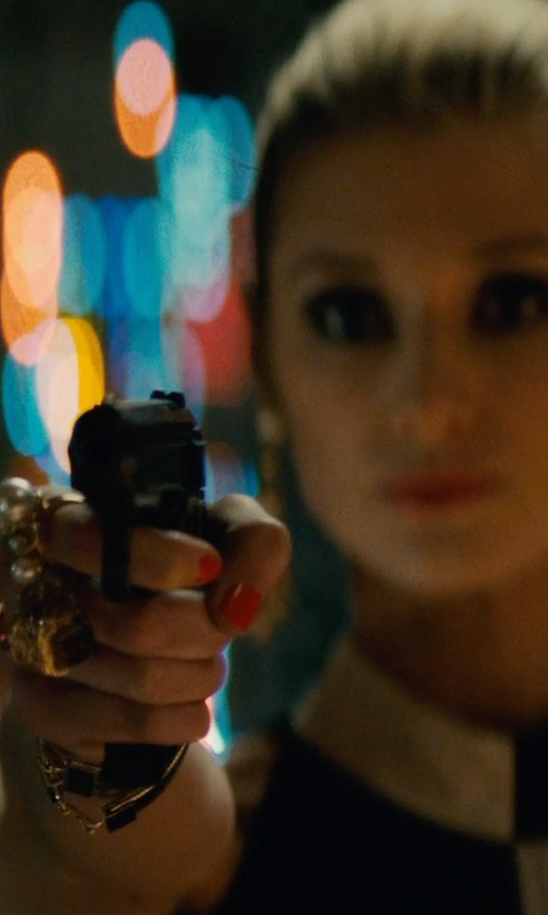 Elizabeth Debicki with Alor Diamond Cocktail Ring in The Man from U.N.C.L.E.