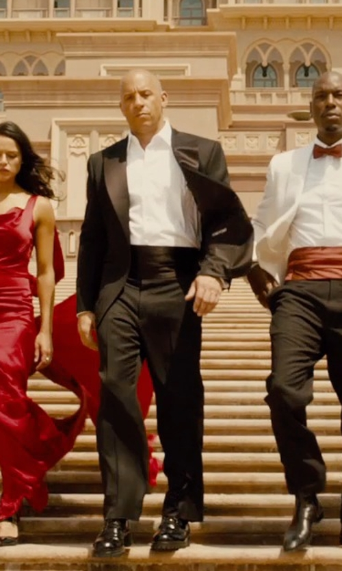 Vin Diesel with Neiman Marcus	 Textured-Print Silk Cummerbund in Furious 7