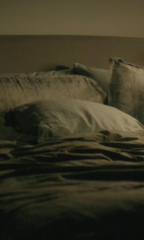 Keanu Reeves with Modloft Broome Bed in John Wick