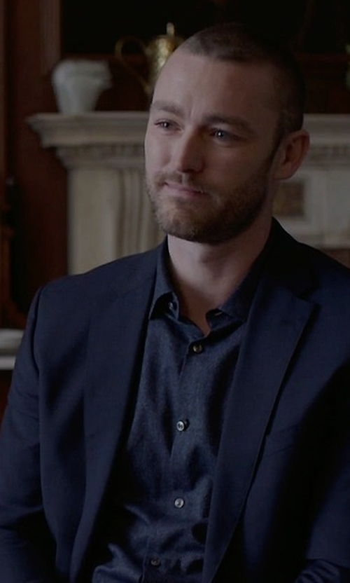 Jake McLaughlin with Paul Smith Soho-Fit Wool-Blend Suit in Quantico
