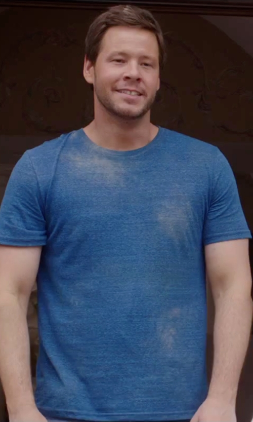 Ike Barinholtz with Billy Reid Short Sleeve Thermo T-Shirt in Sisters
