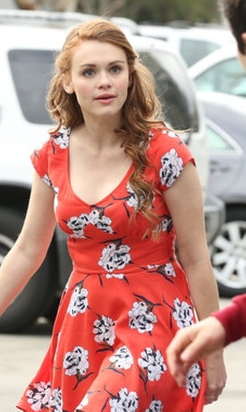 Holland Roden with Abercrombie & Fitch Floral Cutout Dress in Teen Wolf