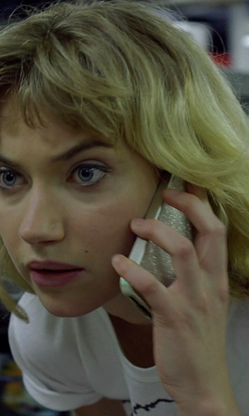 Imogen Poots with Apple iPhone 5s in Need for Speed