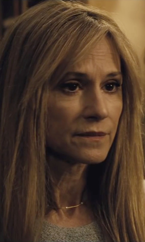 Holly Hunter with Roberto Coin Diamond Gold Station Necklace in Batman v Superman: Dawn of Justice