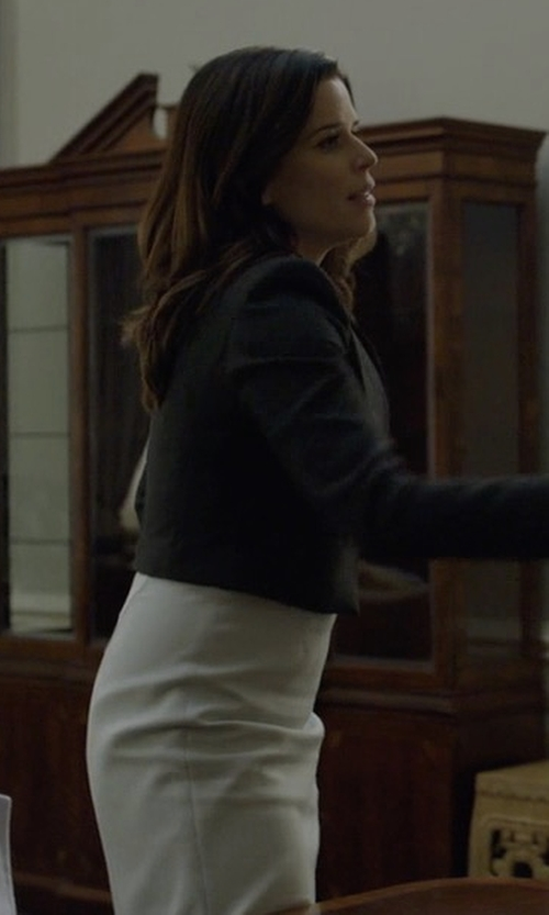 Neve Campbell with Susana Monaco Laura Dress in House of Cards