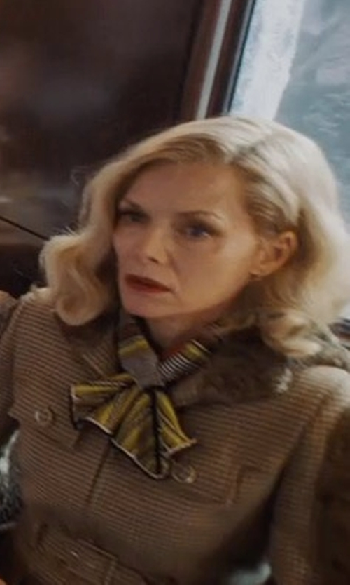 Michelle Pfeiffer with Missoni Skinny Knit Tie Scarf in Murder on the Orient Express