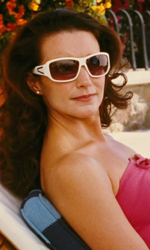 Kristin Davis with Jil Sander Square Acetate Sunglasses in Sex and the City
