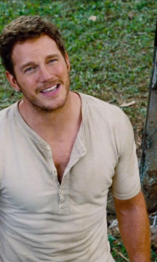 Chris Pratt with J.Crew Coalminer Henley Shirt in Jurassic World