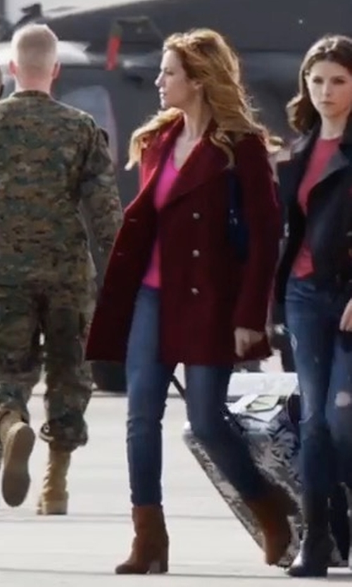 Brittany Snow with AG The Legging Ankle Jeans in Pitch Perfect 3