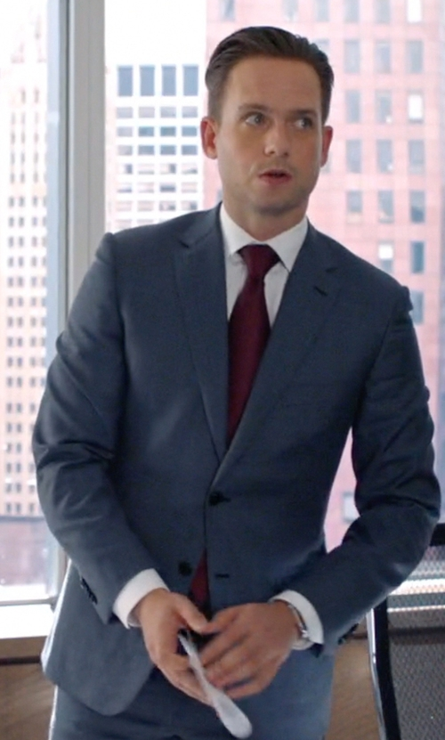 Patrick J. Adams with Victorinox 'Alliance' Round Leather Strap Watch in Suits