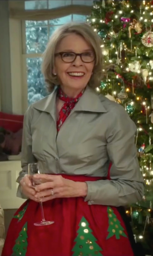 Diane Keaton with Céline Vintage Chain Print Scarf in Love the Coopers