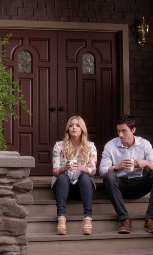 Sasha Pieterse with Kork-Ease Fay Wedge Sandals in Pretty Little Liars