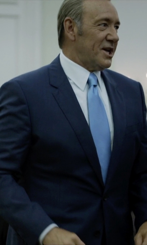 Kevin Spacey with Brooks Brothers Formal Satin Slim Tie in House of Cards