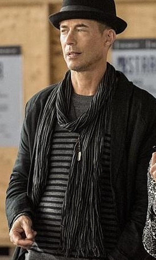 Tom Cavanagh with John Varvatos Merino Wool Striped Scarf in The Flash