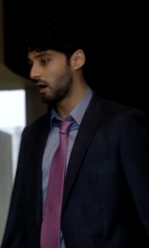 Amir Arison with Boss 'Rayman/Wayne' Trim Fit Solid Wool Suit in The Blacklist