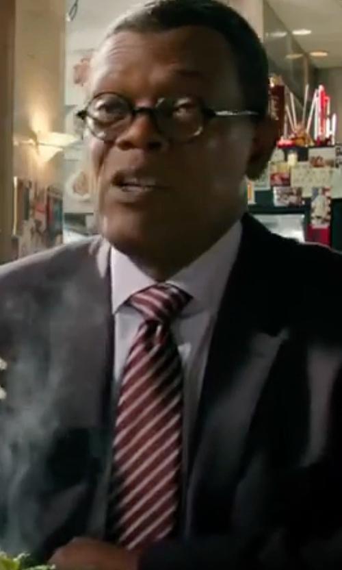 Samuel L. Jackson with Hugo Boss  Men's Striped Skinny Tie in xXx: Return of Xander Cage