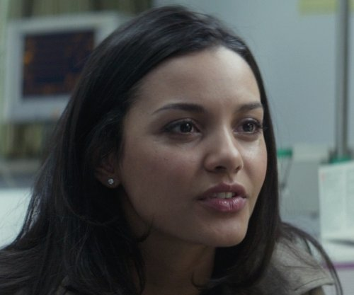 Jessica Lucas  with Effy Freshwater Pearl Stud Earrings in That Awkward Moment