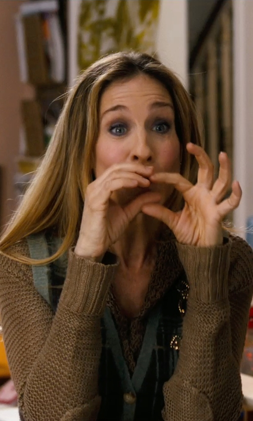 Sarah Jessica Parker with Polo Ralph Lauren Shawl-Collar Cardigan in New Year's Eve