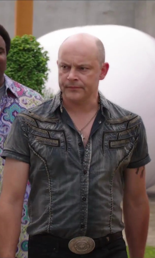 Rob Corddry with G by GUESS Men's Rowben Shirt in Hot Tub Time Machine 2