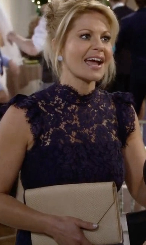 Candace Cameron Bure with Halogen Patent Leather Clutch Bag in Fuller House