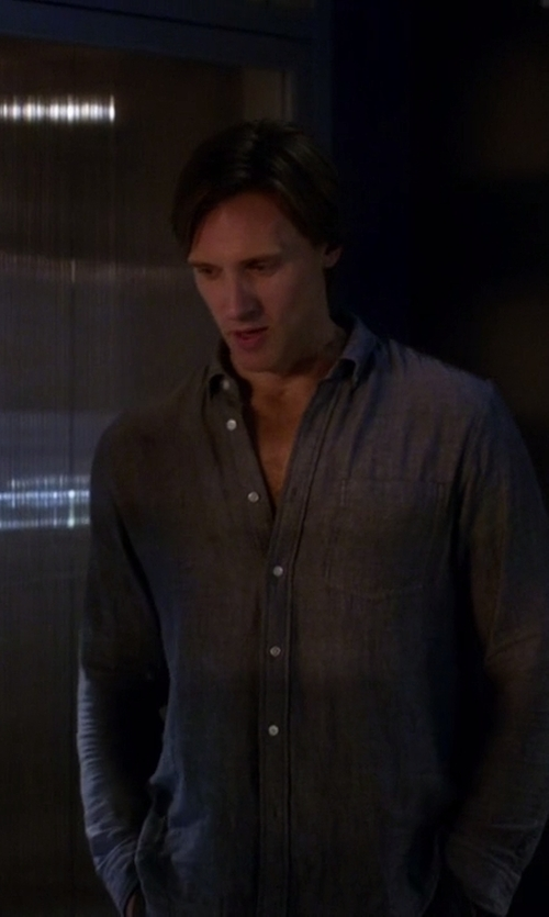 Teddy Sears with Carhartt Long Sleeve Button Down Shirts in The Flash
