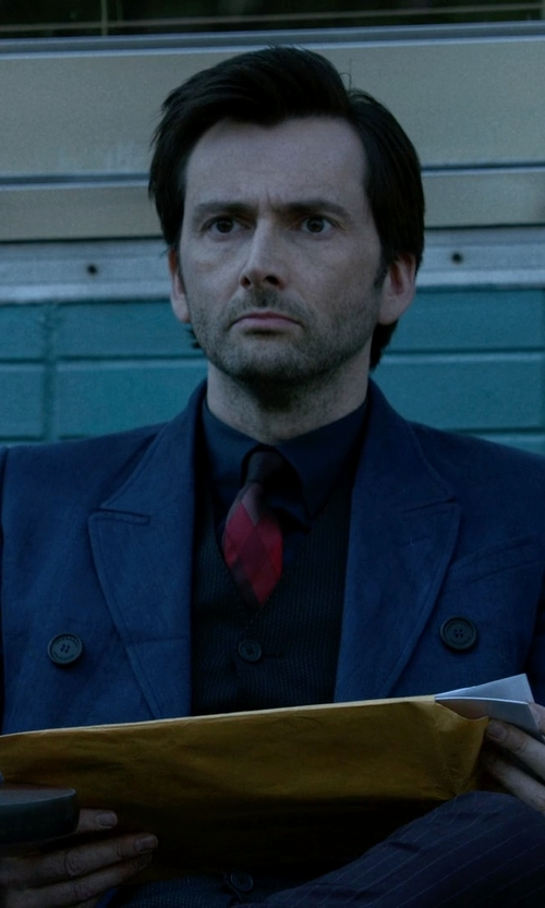 David Tennant with Burberry Prorsum Blue Linen Double Breasted Coat in Jessica Jones
