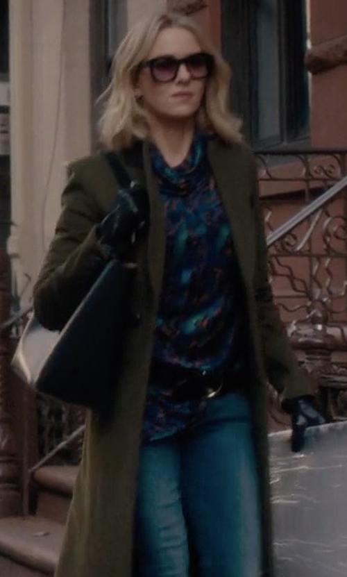 Naomi Watts with Michael Michael Kors Jet Set Travel Medium Saffiano Tote Bag in Gypsy