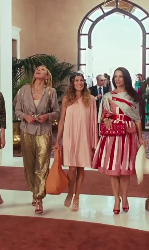 Sarah Jessica Parker with Adriana Castro Ostrich Hobo Orange Bag in Sex and the City 2