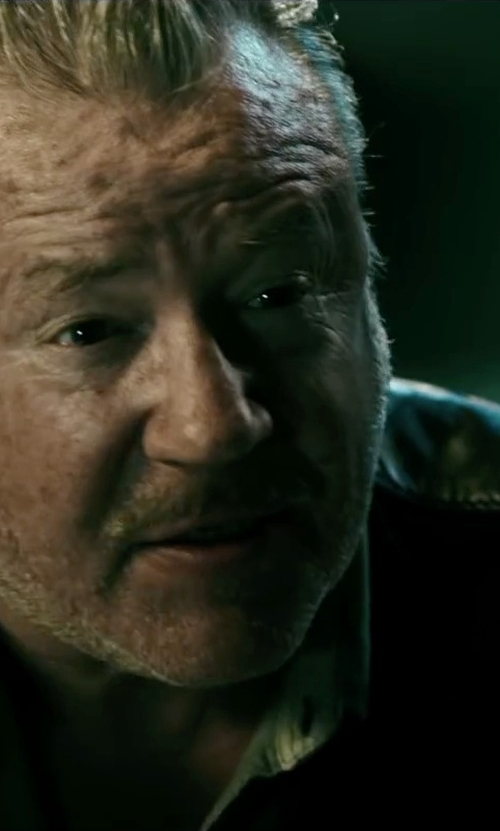 Ray Winstone with Gilded Age Flight Shirt in Point Break