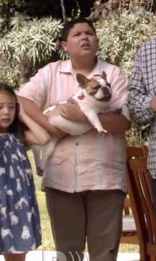 Rico Rodriguez with Marlboro Classics Short Sleeve Linen Shirt in Modern Family