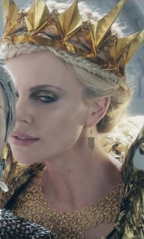 Charlize Theron with BCBGmaxazria Chain Bib Necklace in The Huntsman: Winter's War